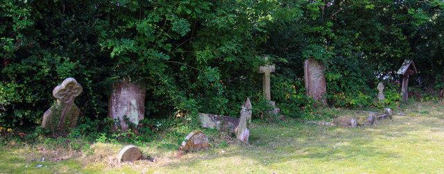 St Thomas, Church Lane, Noak Hill, Havering - Gravestones