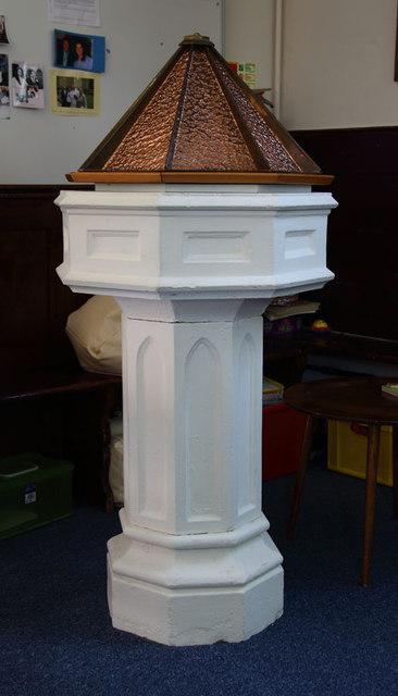 St Thomas, Church Lane, Noak Hill, Havering - Font