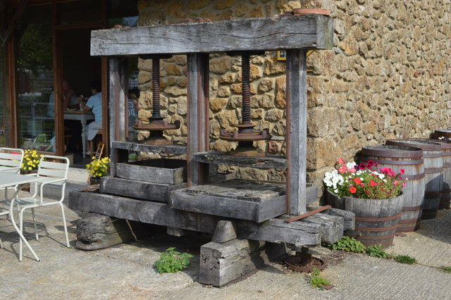 Cider press at Perry's Cider