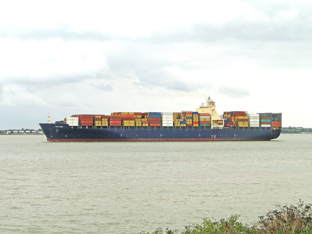 MSC Mira leaving Felixstowe Dock