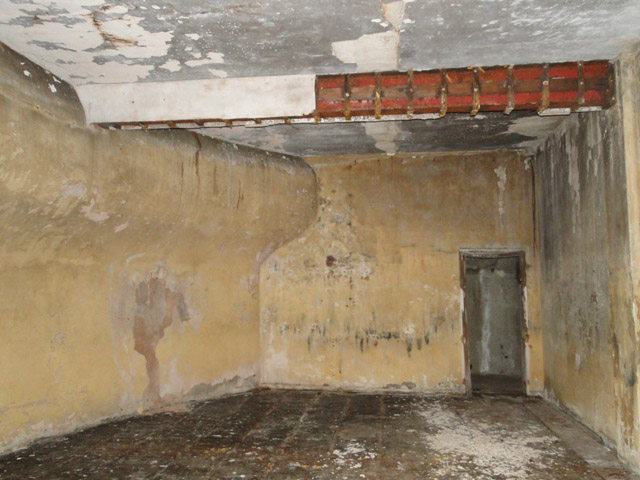 The plotting room of the Left Battery