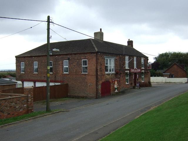 Dog & Gun pub, East Butterwick