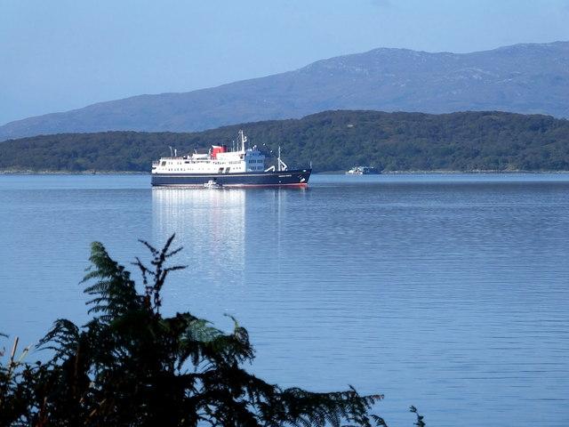 """""""Hebridean Princess"""" visiting Loch Melfort"""