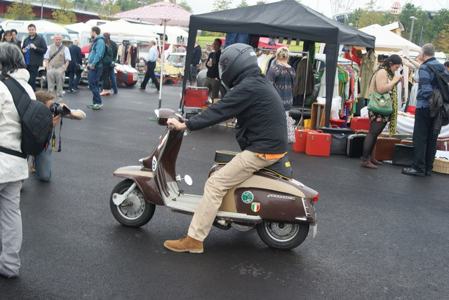 View of another Lambretta arriving at the Classic Car Boot Sale from the Ace Cafe #2