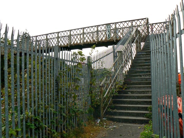 Footbridge, Paddington to the West railway, Stratton, Swindon (3)