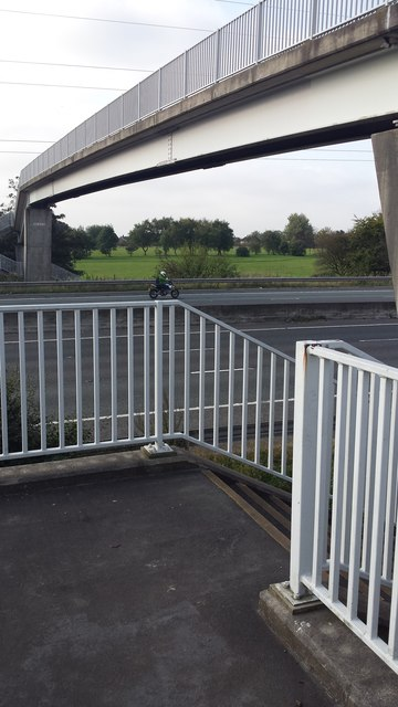 M61 footbridge
