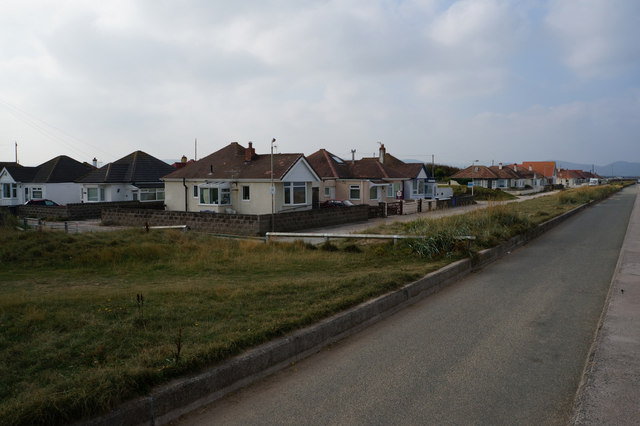 Houses on The Promenade, Kinmel Bay