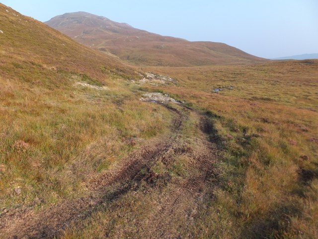 Estate track to west of Sgùrrachd Ire