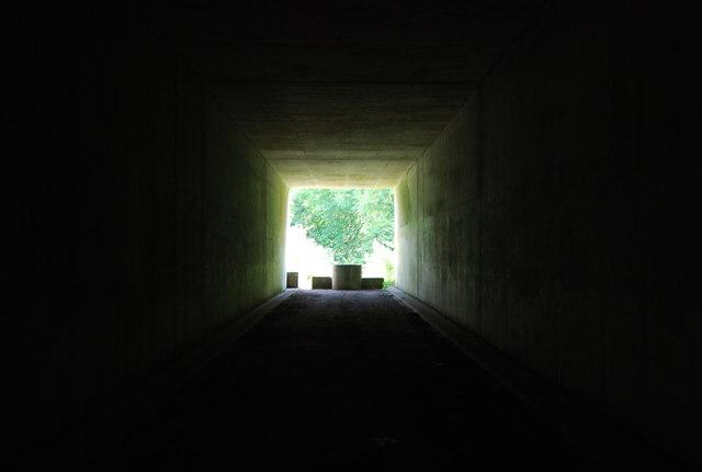 Tunnel under the M20