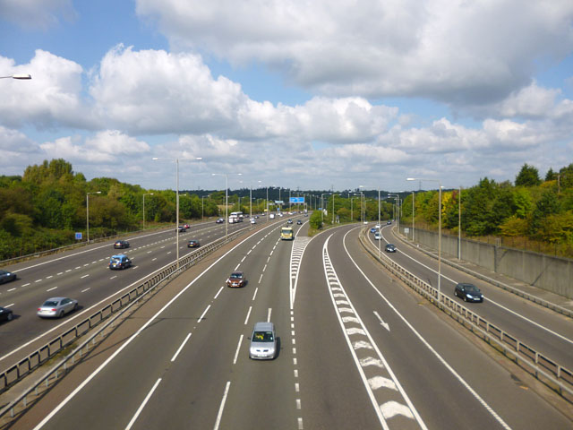 M25 and slip roads from M40