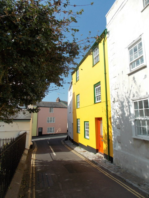 Lyme Regis: a frontage in yellow, orange and green