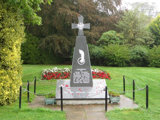 Memorial to Polish soldiers, Duns
