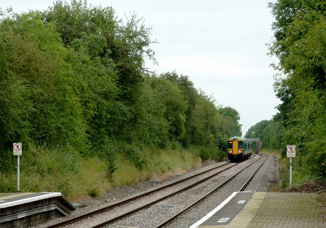 Train leaving Wilmcote Station, Warwickshire
