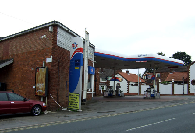 Service station, Messingham