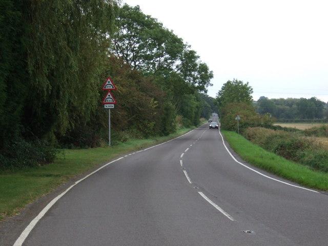 Cleatham Road (B1400)