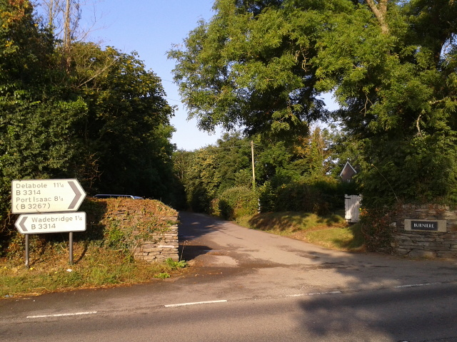 Lane to Burniere cottages, leaving the B3314