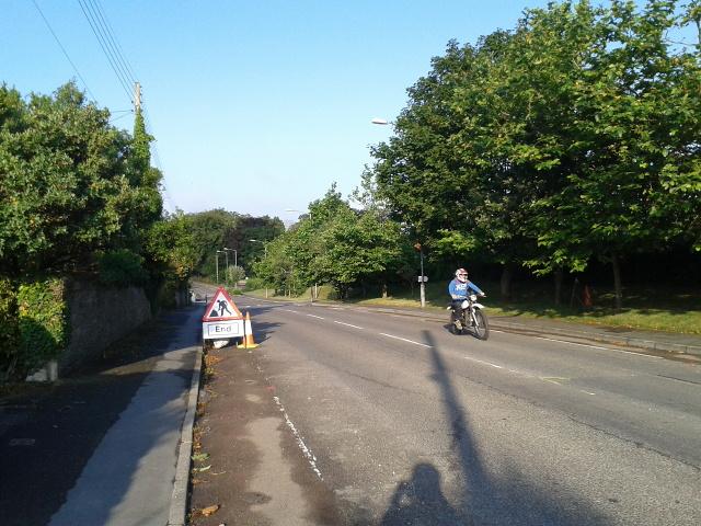 The B3314 heading south into Wadebridge