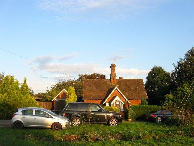 South Lodge, Cowfold Road