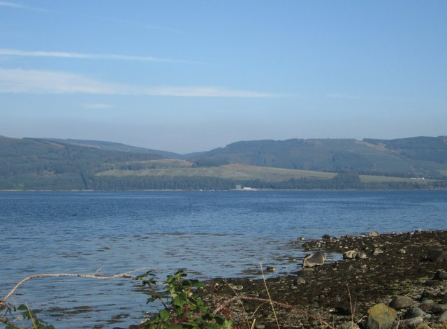 A section of beach on north-east Bute with the mainland beyond