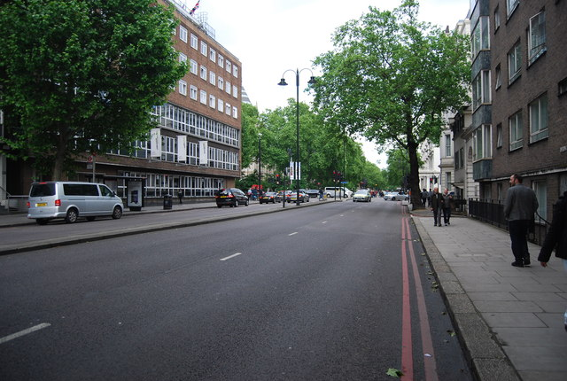 Cromwell Rd, A4