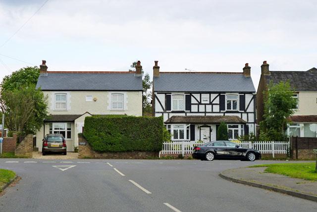 Houses on Chesham Lane, Chalfont Common