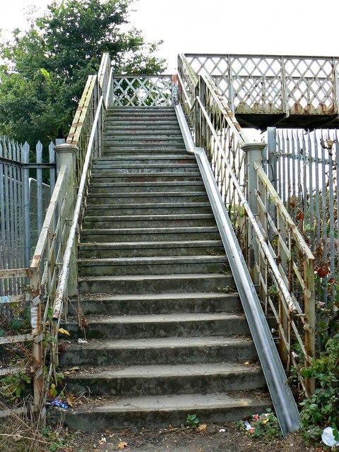 Footbridge, Paddington to the West railway, Stratton, Swindon (7)