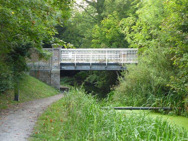 Bridge 10, Wendover Arm