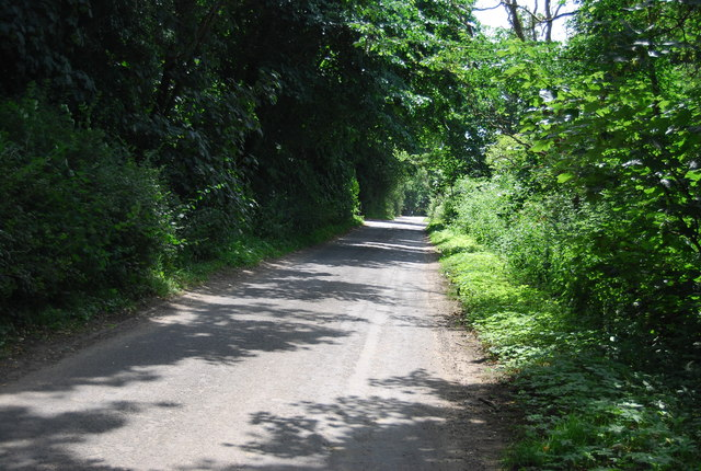 Lane south of Tattingstone