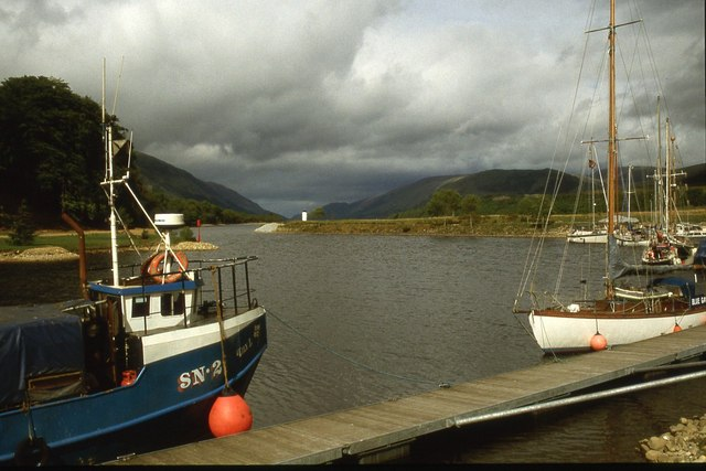 Entry to Loch Lochy from the Caledonian Canal