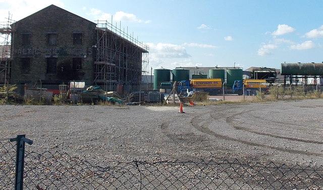Stephens Oil lorries and storage tanks, Newport