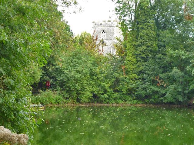 Hampden Pond, Wendover