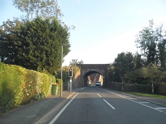 Railway bridge on Pixham Lane, Dorking