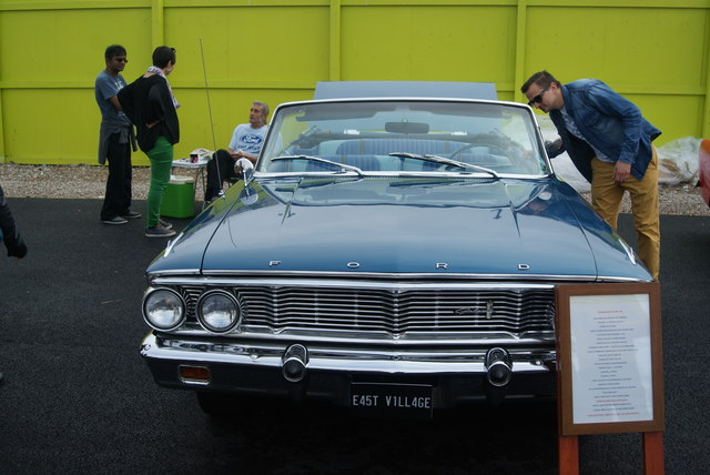View of a Ford Galaxy in the Classic Car Boot Sale #2