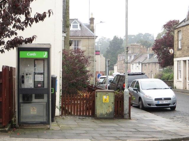 Public telephone box, Langtongate, Duns