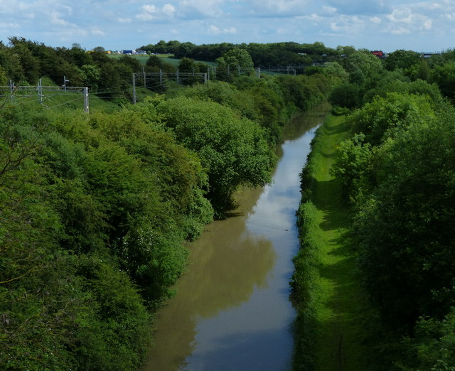 Oxford Canal viewed from Nettle Hill Bridge