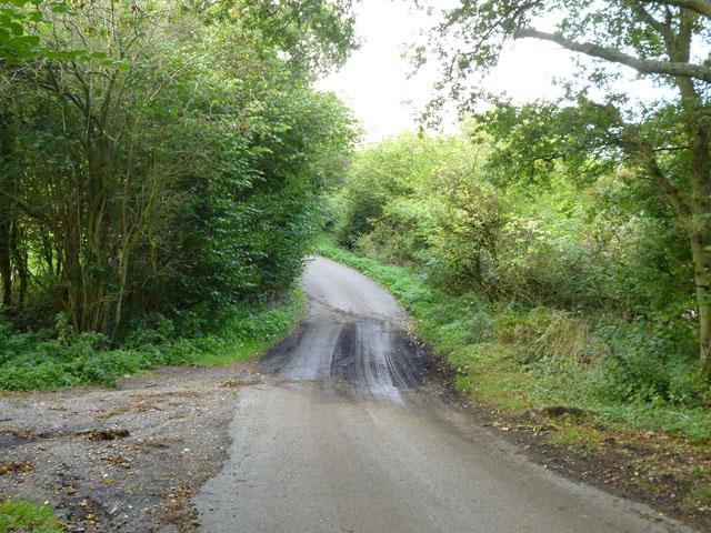 A damp dip on Little Hundridge Lane