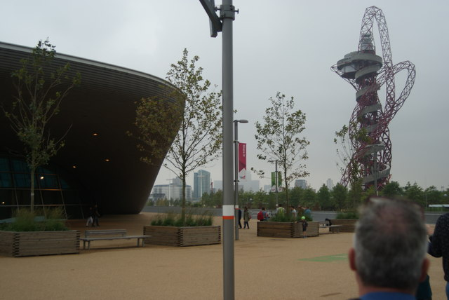 View of the Aquatics Centre and the Arcelo-Mittal Orbit from the walkway into the Olympic Stadium
