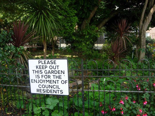 Cluse Court Garden