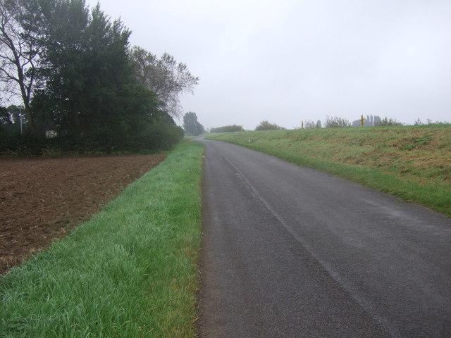 Minor road towards Susworth