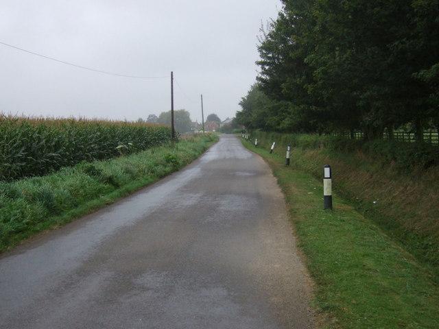 Minor road towards Wildsworth