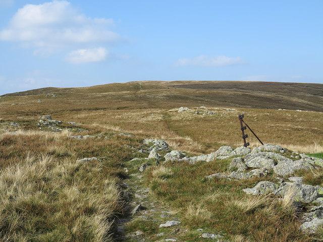 Path rising towards Ullscarf