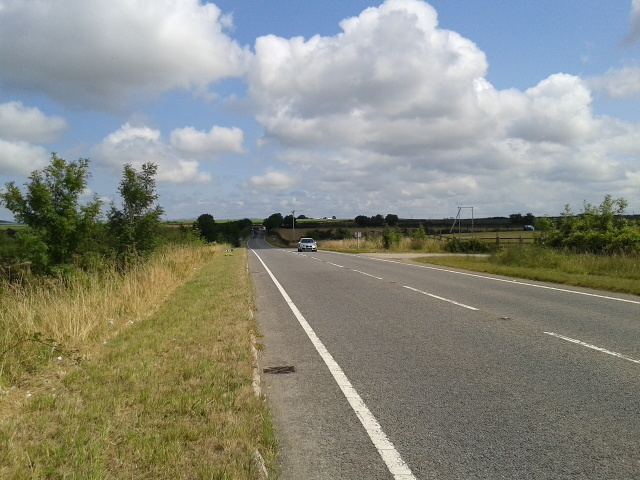 The A39 heading east away from Wadebridge