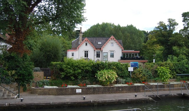 Restaurant at Boulter's Lock