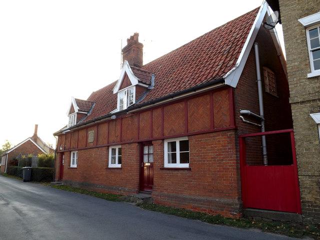Peasenhall Armshouses