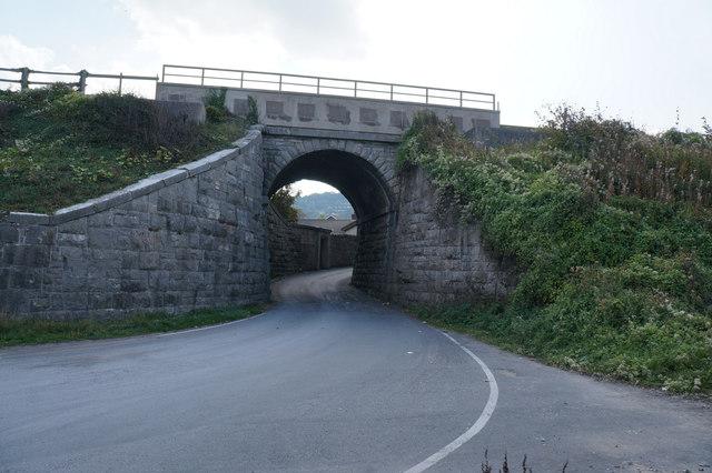 Rail bridge on Wem Road, Llanddulas