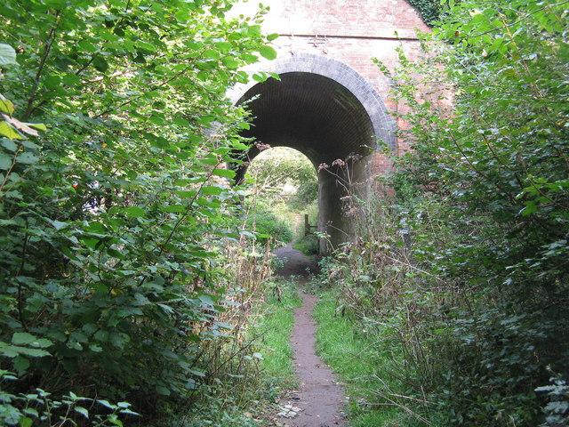 Chipstead:  Permissive path under the Tattenham Corner branch railway