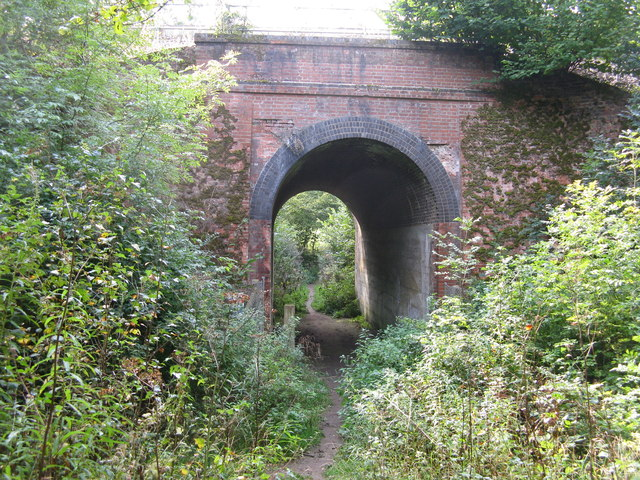 Chipstead:  Permissive path under the Tattenham Corner branch railway