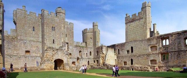 Bodiam Castle, Interior