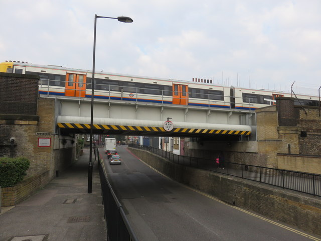 Bridge over Middleton Road, Kingsland