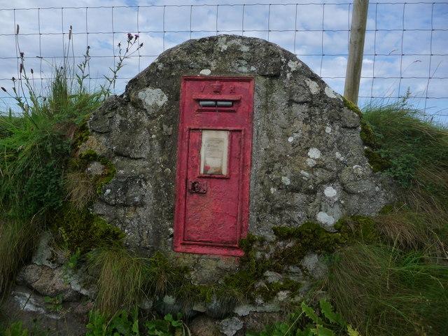 Mannal: postbox № PA77 135